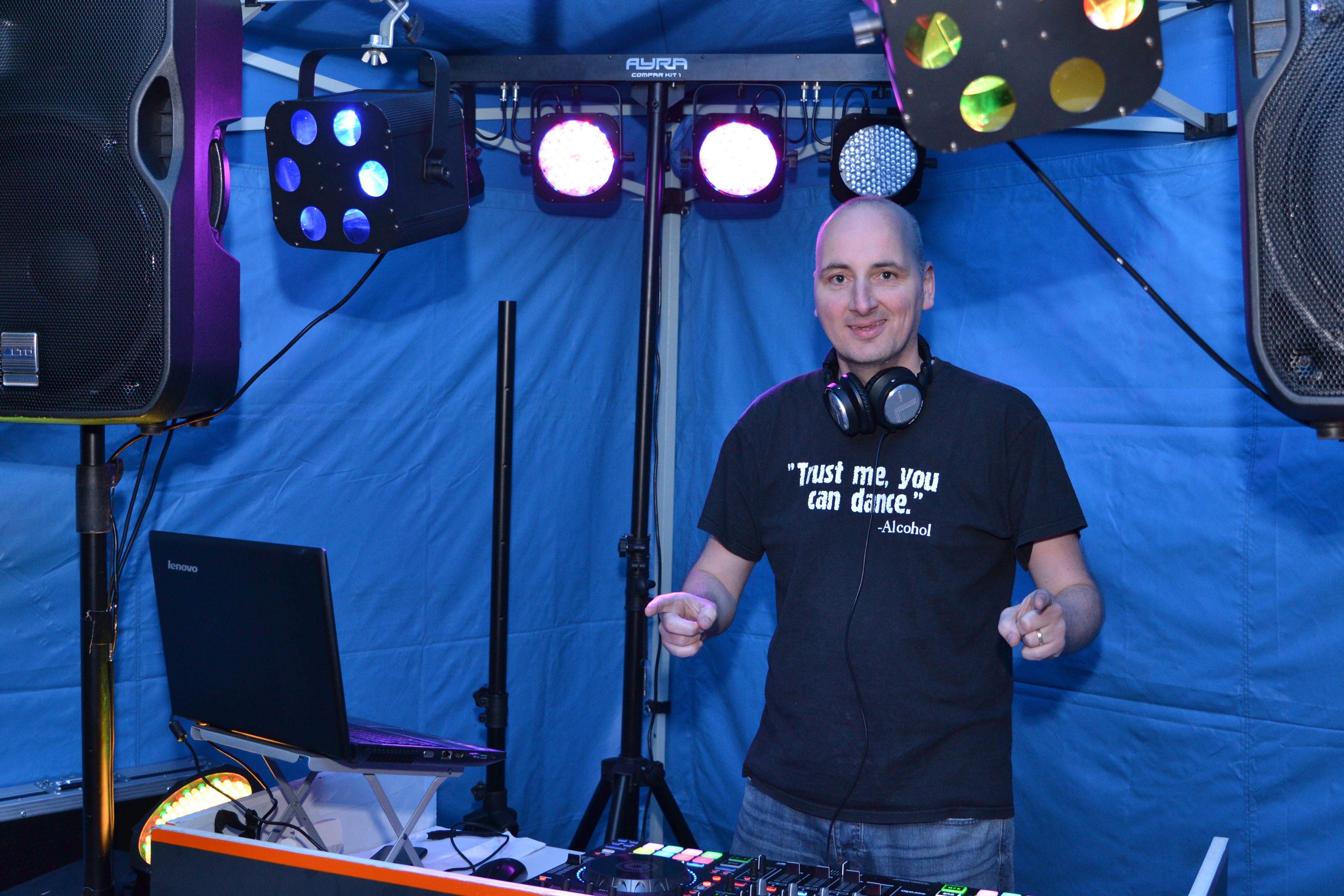 DJ Maykel in actie